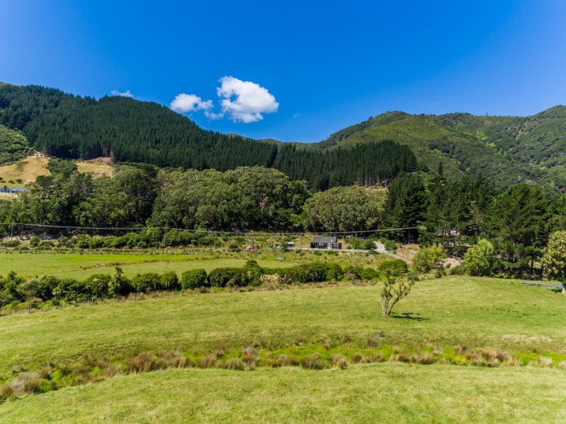 1352 Coast Road, Wainuiomata